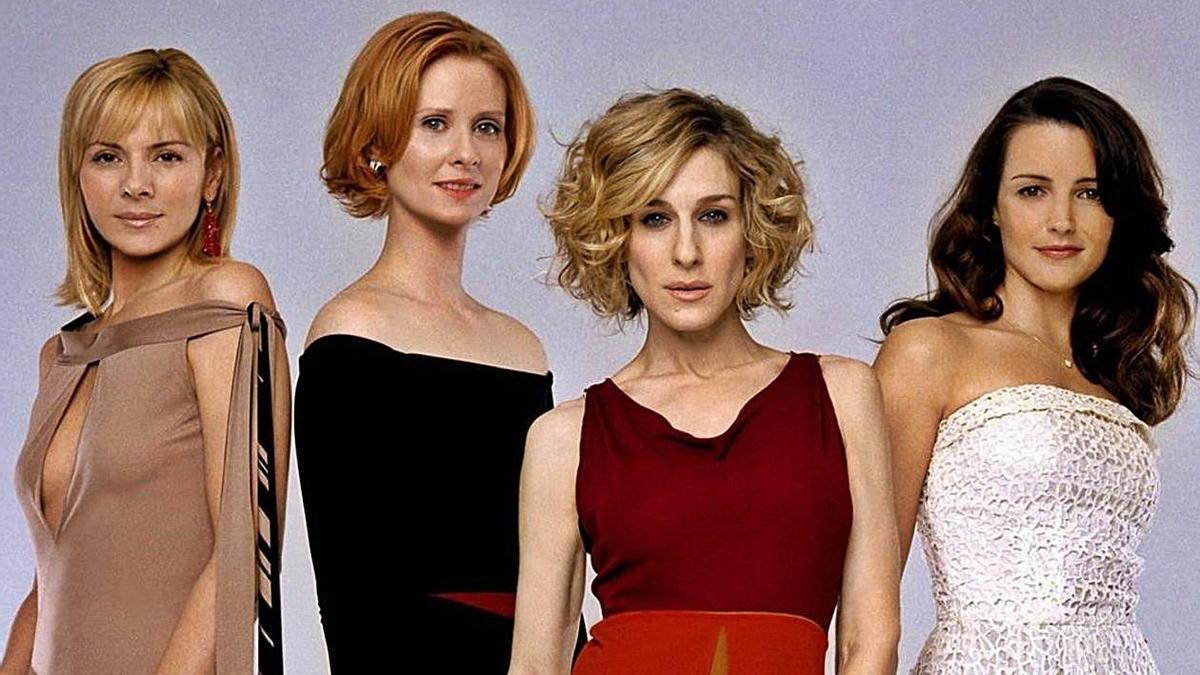 El reparto de la serie de los 90, con Kim Catral a la izquierda. | LEVANTE-EMV