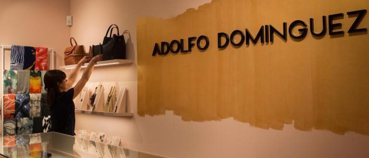 Tienda de Adolfo Domínguez. |   // PUNTO GA