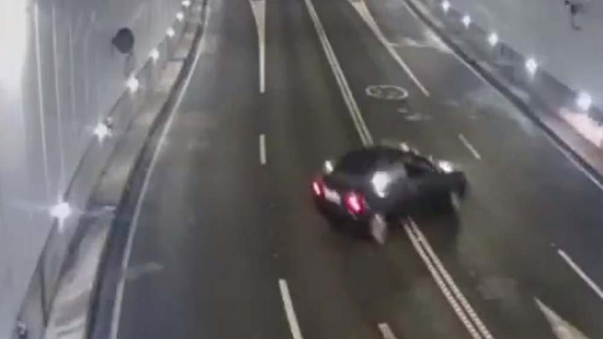 Accidentes en una curva dentro del túnel de la Marina