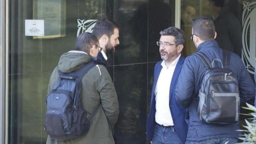 La Guardia Civil registra una empresa de la Generalitat por desvío de fondos en el deporte