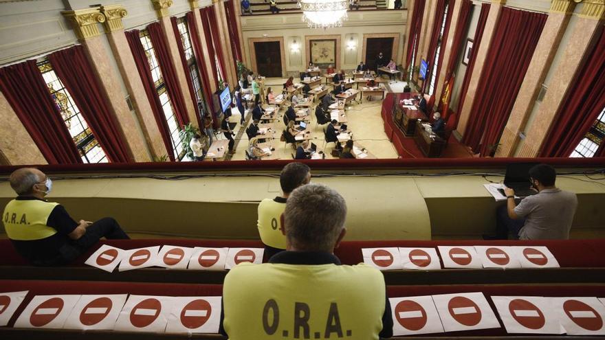 El servicio de la ORA seguirá en manos de Urbamusa tras la marcha atrás de Ciudadanos