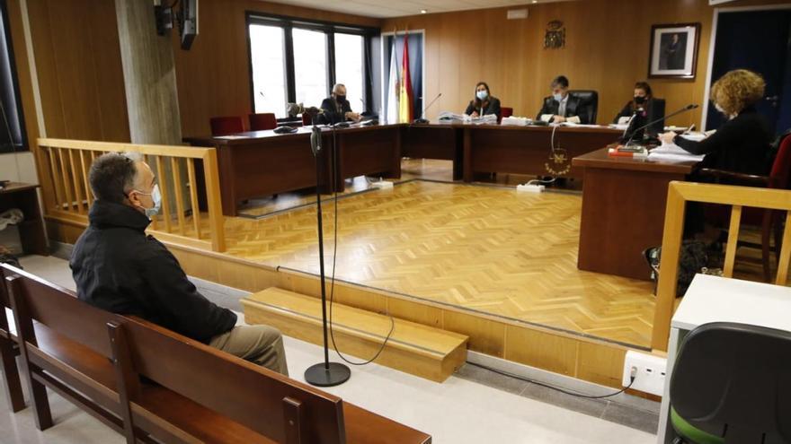 El entrenador de taekwondo juzgado en Vigo niega abusos sexuales a la menor
