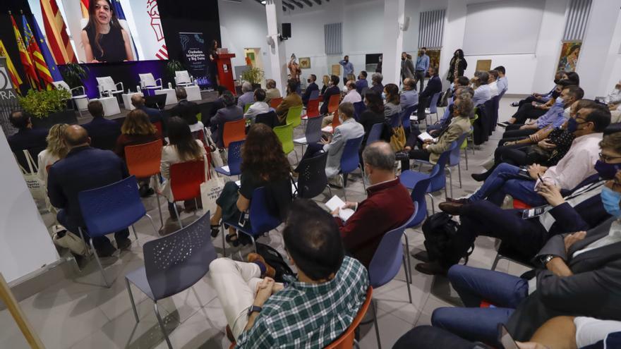 Éxito de participación del primer Congreso de Ciudades Inteligentes y Big Data de Alcoy