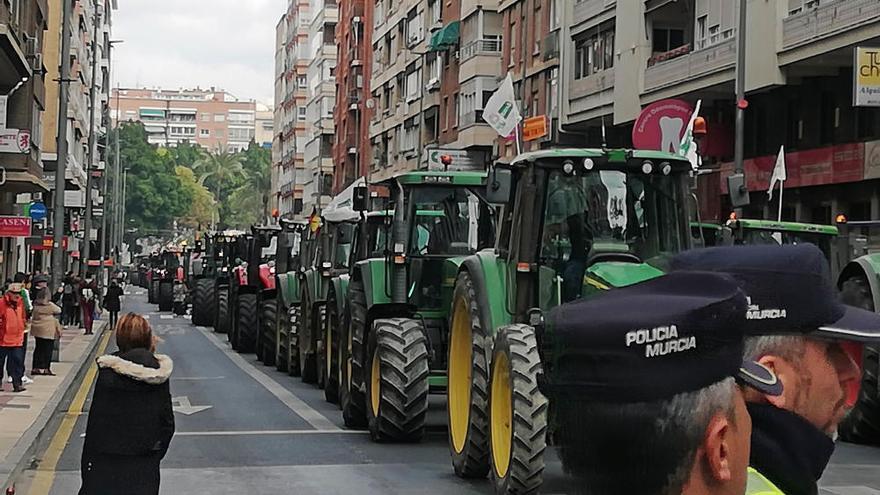 Así ha sido la manifestación de los agricultores en Murcia (I)