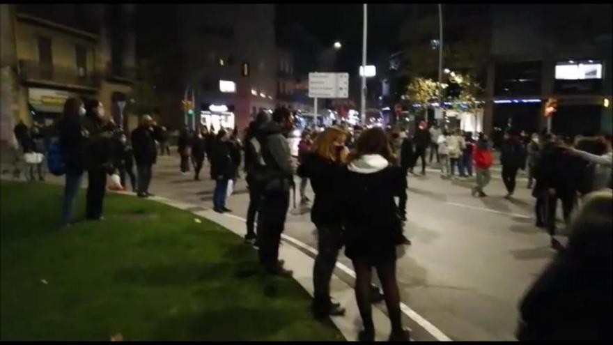 La concentració contra la violència masclista deixa la Bonavista mitja hora sense trànsit