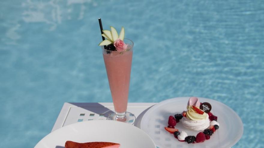 Hard Rock Hotel Ibiza se suma a Pinktober, la campaña contra el cáncer de mama