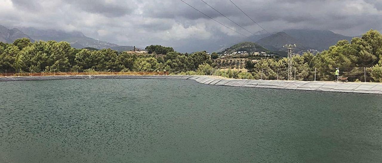 La nueva balsa de riego de La Nucía.