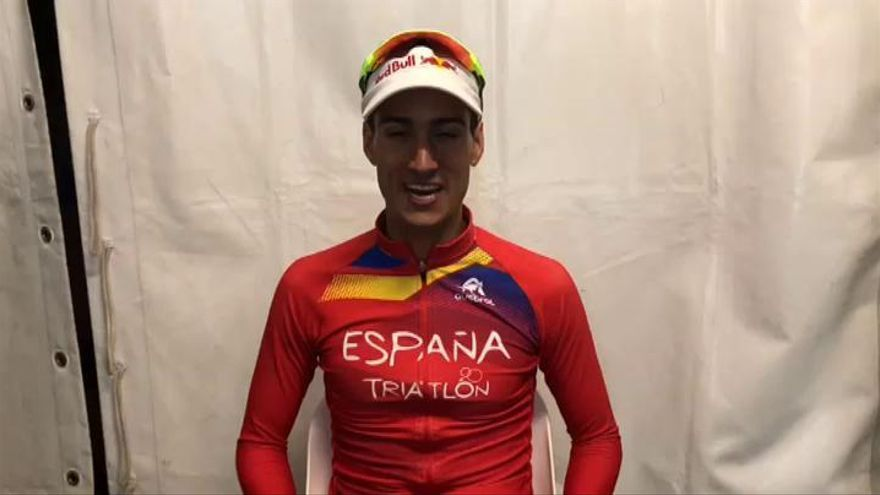 Mario Mola consigue su tercer título mundial consecutivo