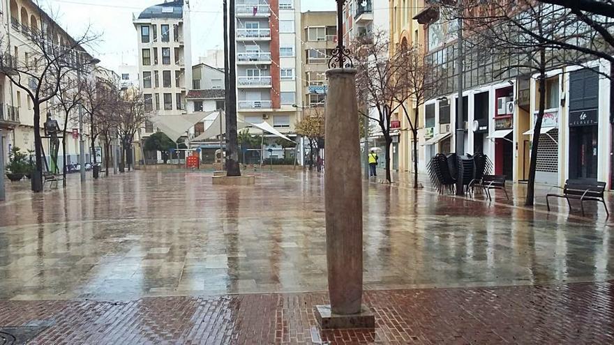 Gandia 16.45 h: Paisajes de una ciudad desolada