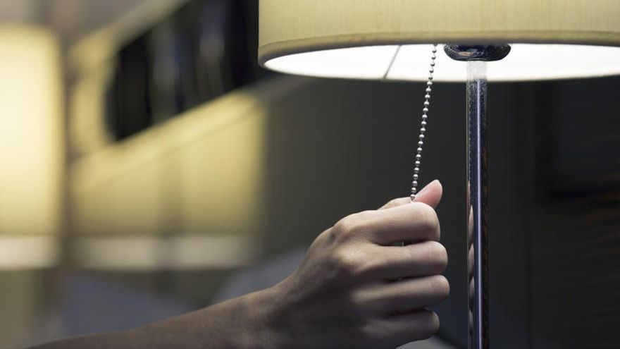 El recibo de la luz subirá alrededor de un 4% en abril