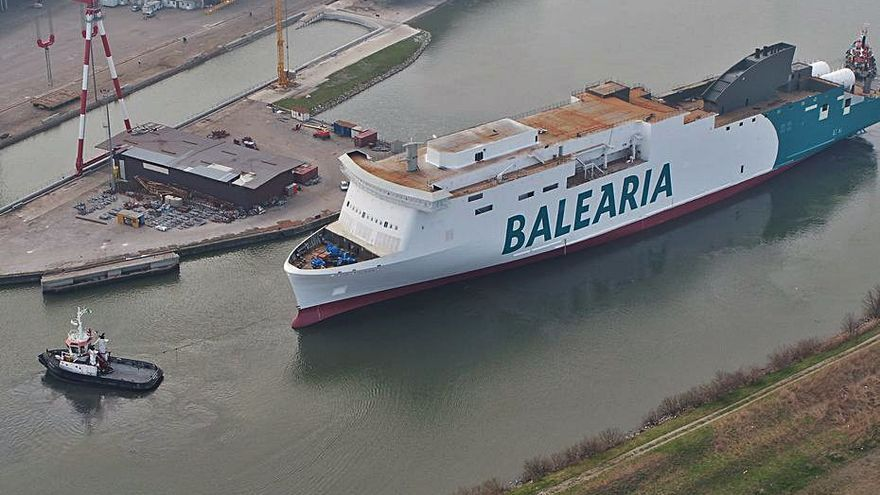 Baleària gana el concurso de la línea que une Melilla con Almería y Motril