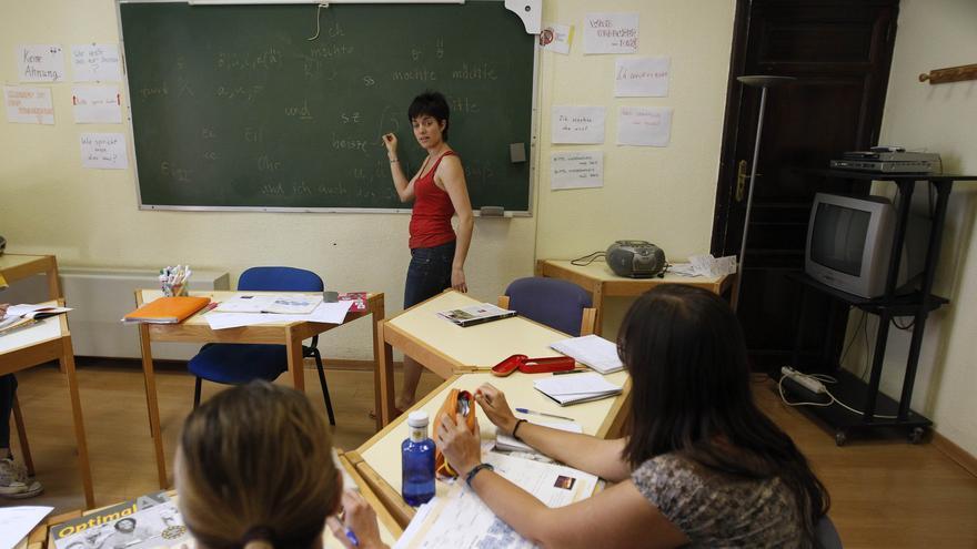 Cort ofrece casi un centenar de cursos de idiomas y de formación para adultos