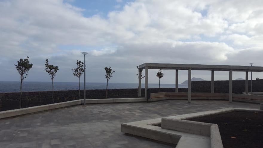Nueva plaza en Costa Ayala