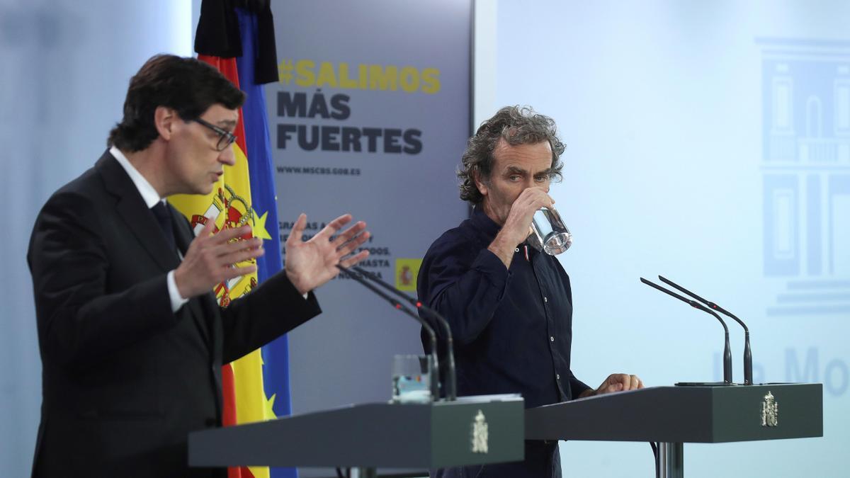 Salvador Illa y Fernando Simón, durante una rueda de prensa