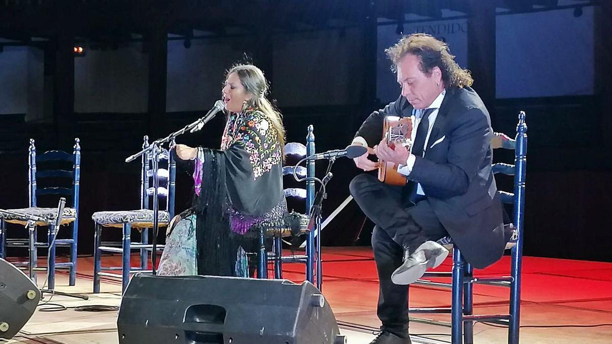 Noche de flamenco y duende en la histórica plaza de toros