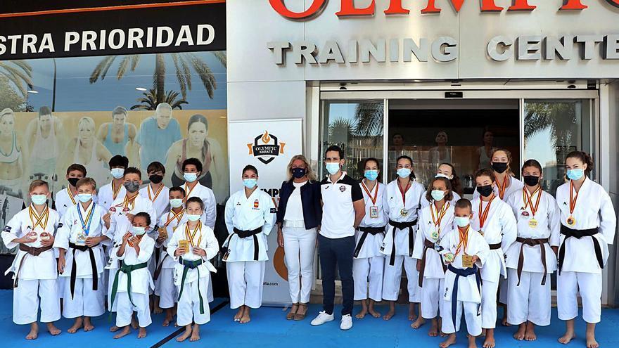 La karateka Sabrina Medero, con Marca Marbella en Europa