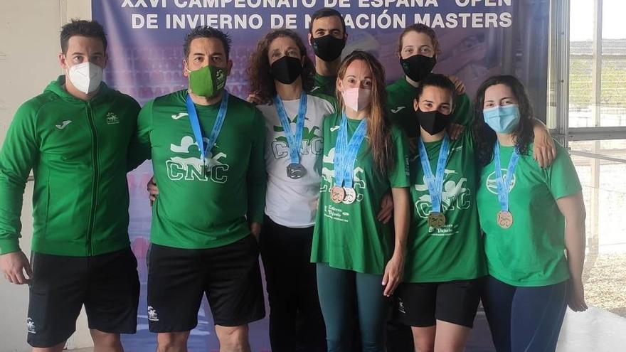 Ana Rodríguez y Niall Ronan, los mejores veteranos de España