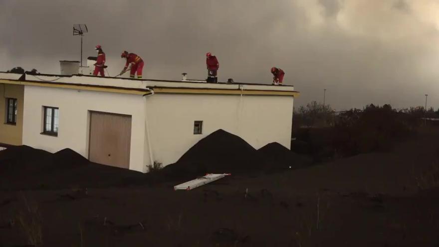 Canarias crea un registro para canalizar la ayuda a los afectados por el volcán de La Palma