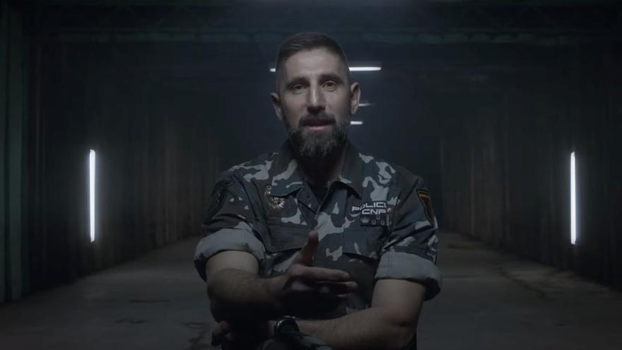 """El inspector Pelayo Gayol, el asturiano que ha luchado contra el yihadismo y selecciona a los futuros GEO: """"Mi corazón siempre está en Asturias"""""""