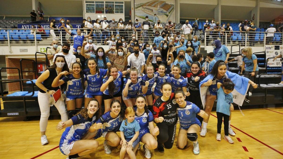 El equipo juvenil del BM Mare Nostrum Torrevieja ganó el oro en el Campeonato de España después de superar al BM Pozuelo (22-14)
