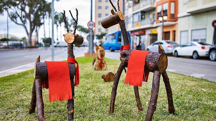 Cullera convierte restos de poda en adornos navideños