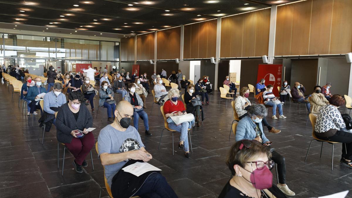 Imagen de la vacunación masiva en Castelló, concretamente en el Auditori.