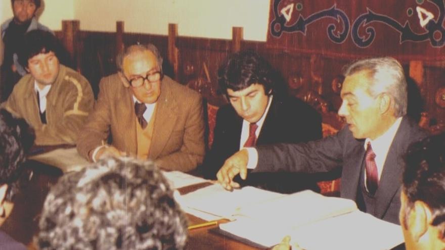 Luto oficial y banderas a media asta por Joaquín Álvarez Corbacho