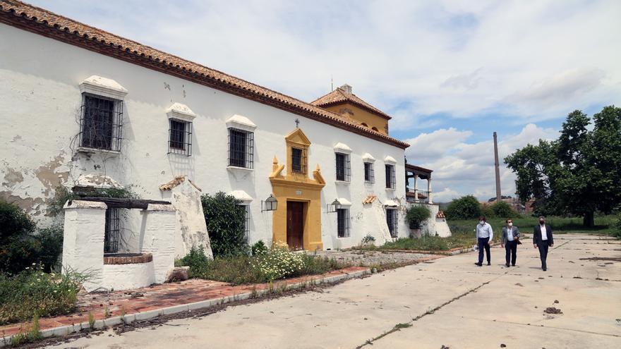 La antigua fábrica de Bacardí de Málaga, ubicada en El Tarajal