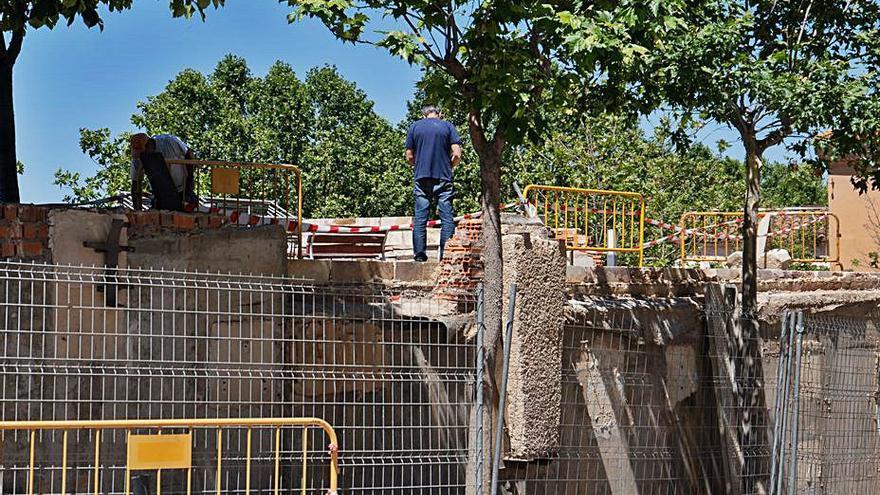 El parking de San Martín de Zamora se somete a reforma tras descalzarse un muro