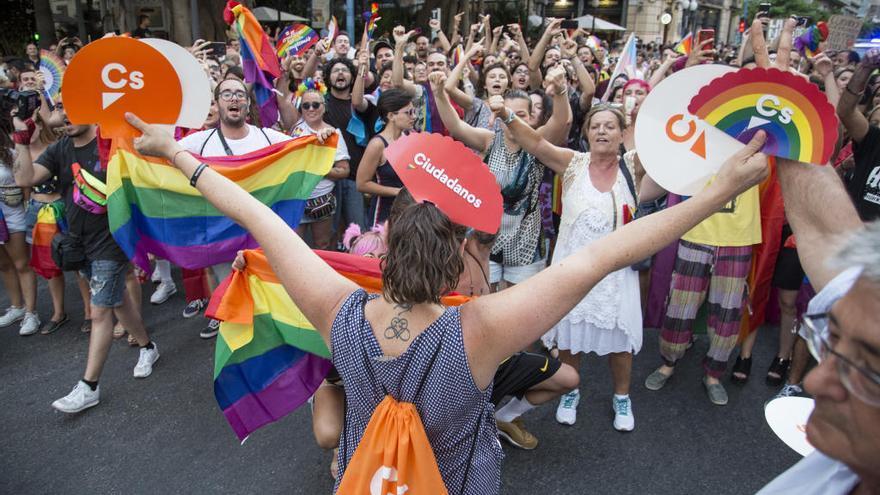 El Orgullo también saca los colores a Cs en Alicante