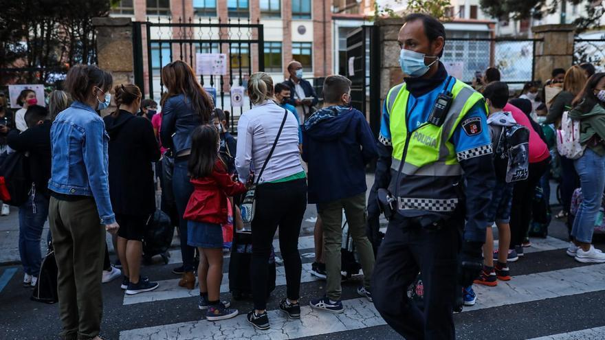 El COVID a la puerta del colegio: así es el protocolo de la Policía en Zamora