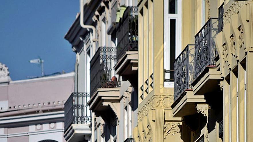Los tasadores certifican la caída del coste de los pisos en la Comunitat