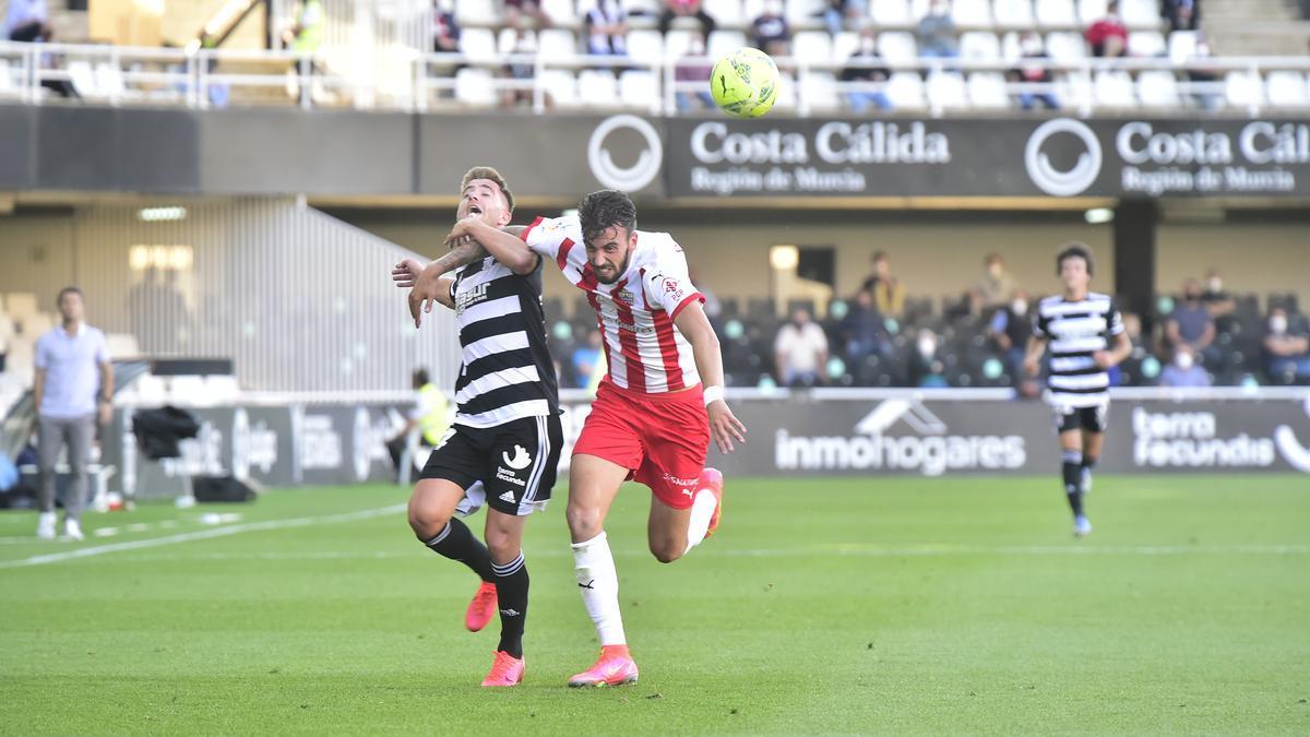 Imagen del FC Cartagena-Almería del pasado mes de mayo, el primer partido con público tras la covid-19.