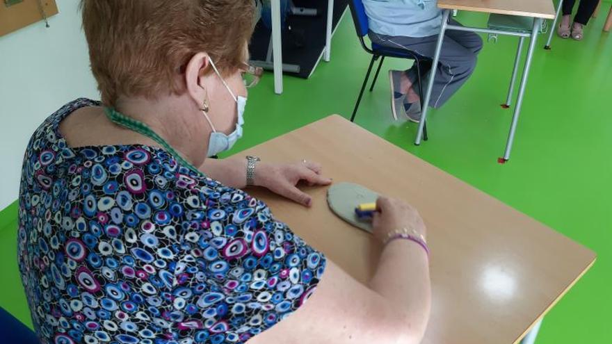 Fundación «la Caixa» ayuda a la Asociación de Alzheimer de Novelda