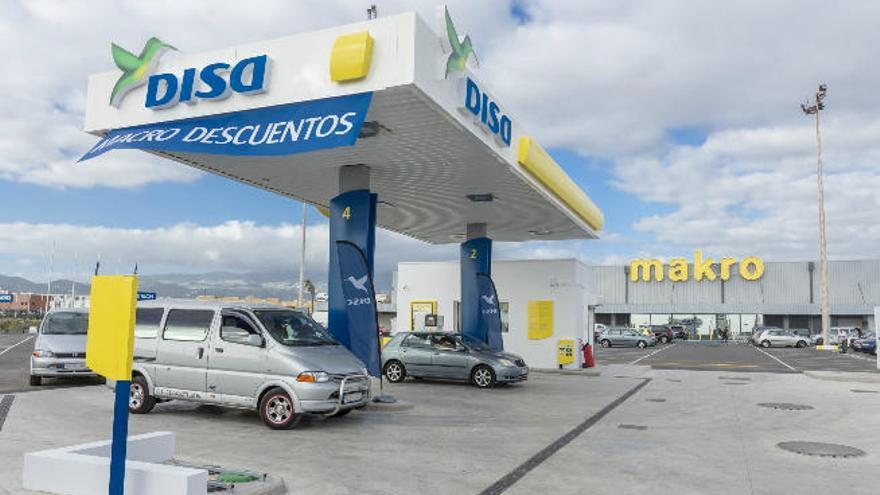 DISA abre la primera de sus nuevas cinco estaciones de servicio en Telde