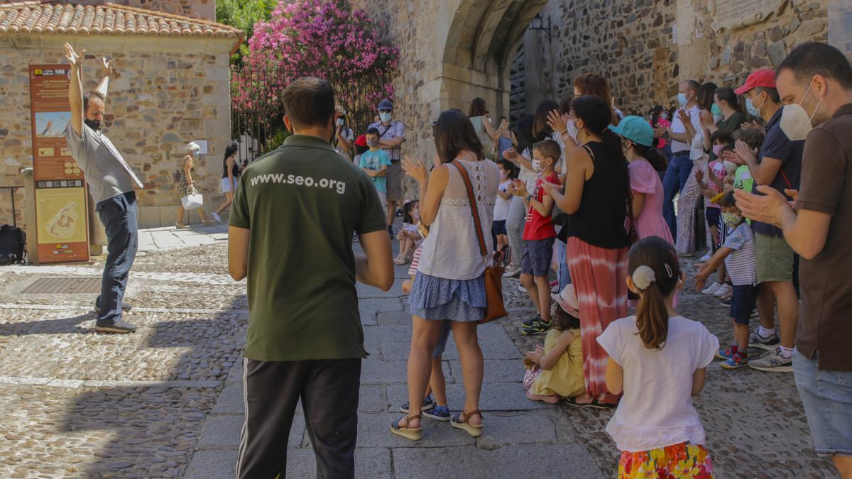 El festivalino llevó a cabo ayer un cuentacuentos con Patxidifuso y Seo/Birdlife.