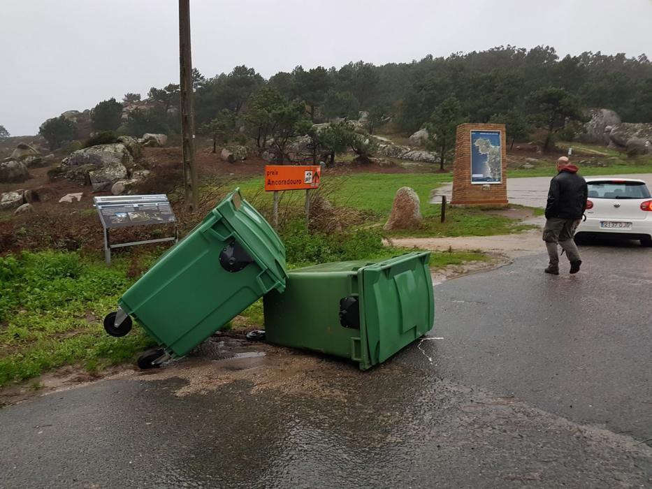 Efectos del temporal en Udra, en O Morrazo.