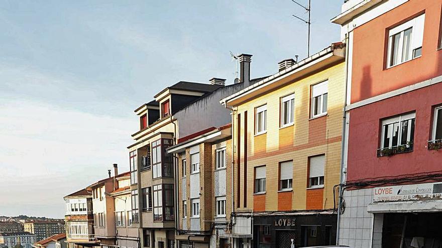 La reurbanización de la calle del Carmen suma el arreglo de las escuelas del Alto del Vidriero
