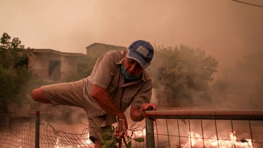 La isla de Eubea, en Grecia, desaloja dos mil residentes tras los incendios