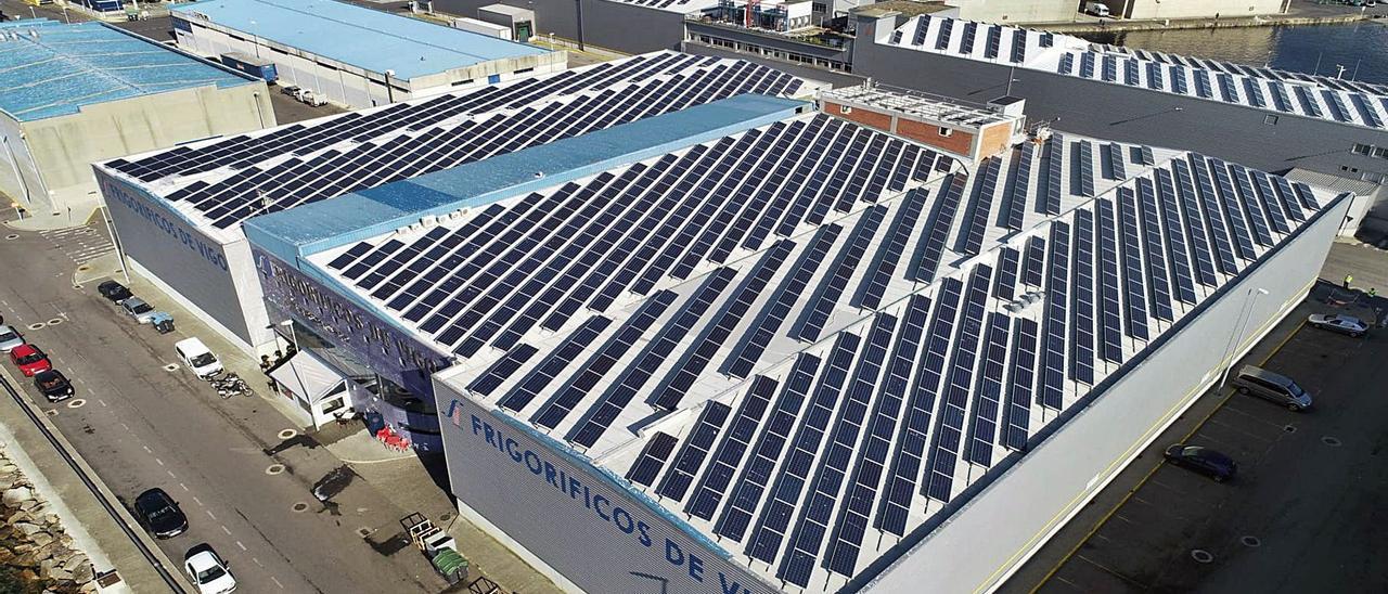 La industria apuesta por la fotovoltaica para esquivar el incremento del coste energético