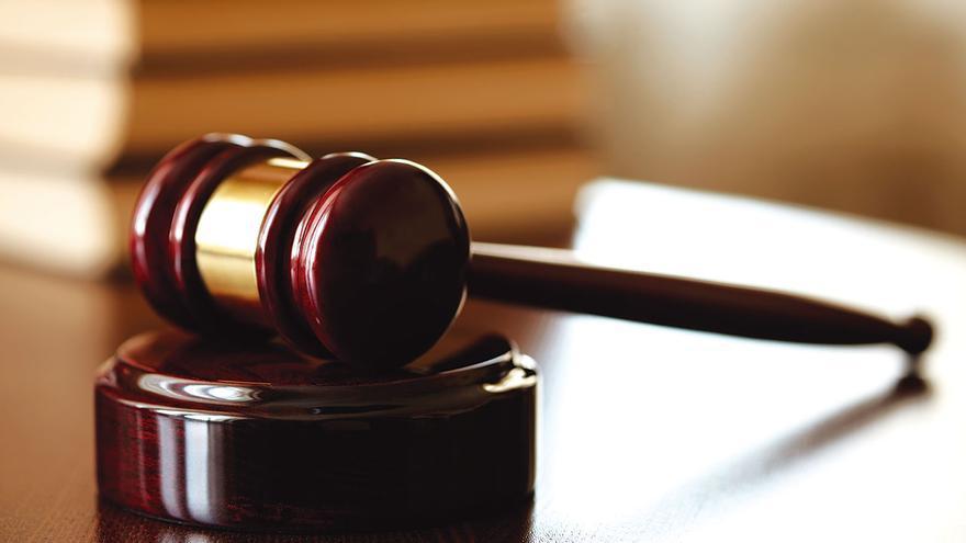 Piden 27 años para un acusado de matar a su prima a martillazos en Fuerteventura