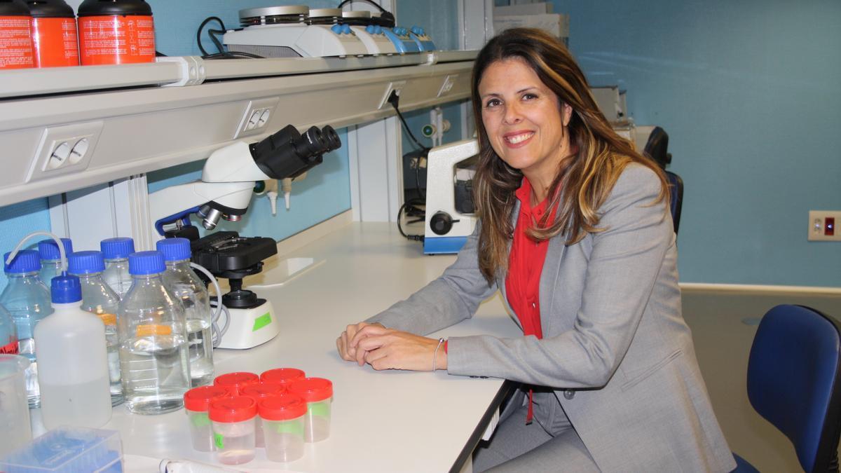 CEU Nursing Professor, Noelia Rodríguez, at the University facilities.
