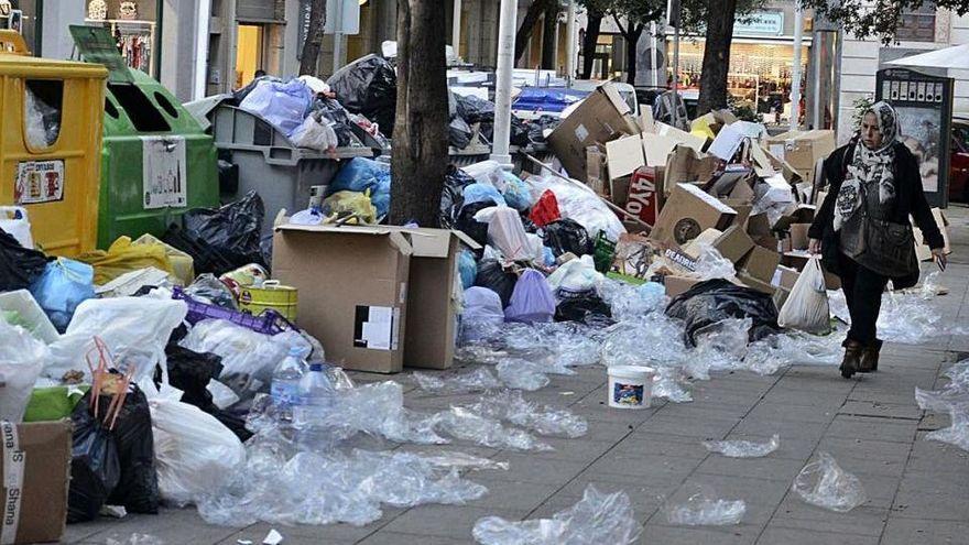 Figueres espera resoldre la gestió de la neteja viària i escombraries a l'estiu