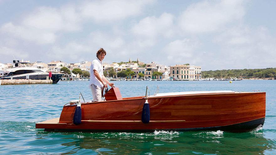 Mit dem E-Boot fischfreundlich über Mallorcas Meer düsen