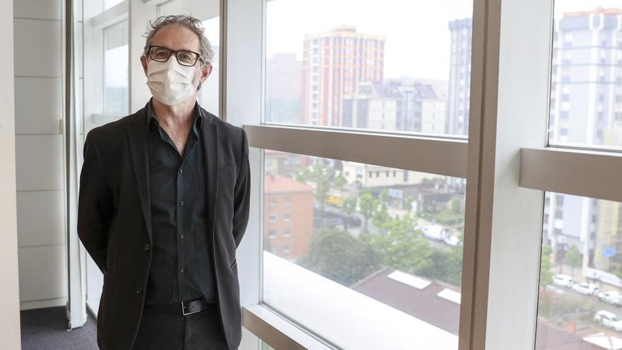 """Rafael Cofiño, director general de Salud Pública: """"La pandemia nos ha enseñado la necesidad de reforzar nuestro sistema de salud pública"""""""