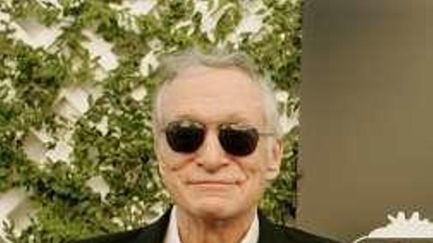 La bata, un anillo o la limusina del fundador de 'Playboy', a subasta