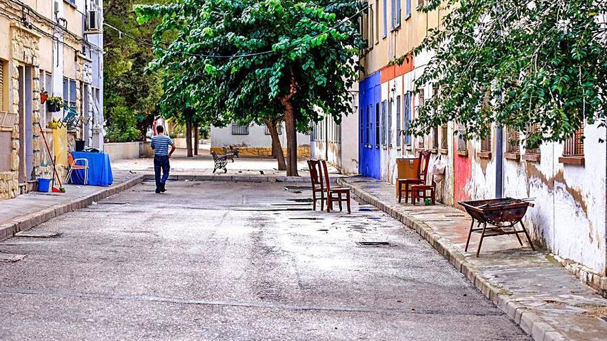 Plan para eliminar la brecha social en el barrio de El Poblao