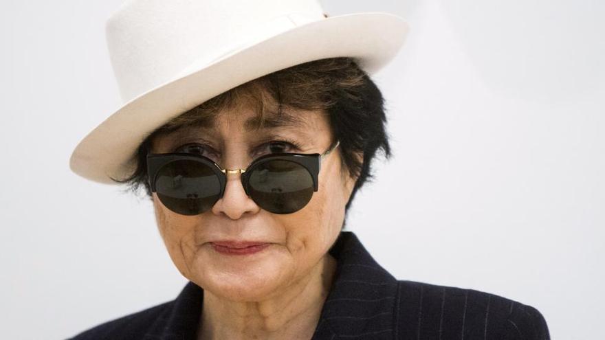 Cinco premios Nobel, Yoko Ono y Dilma Rousseff piden la amnistía para los condenados por el 'procés'