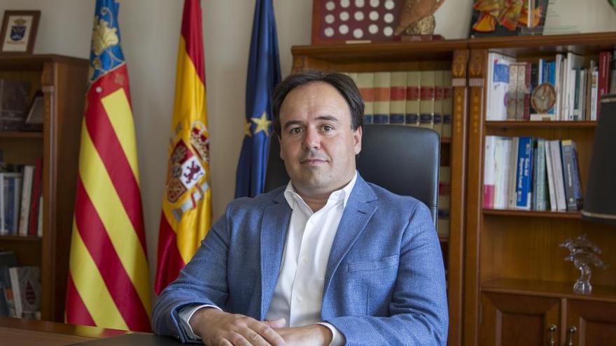 """El alcalde de Finestrat califica de """"gravedad"""" la decisión del Ministerio de Hacienda"""