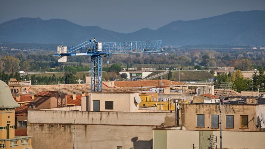 La Diputació ajuda set municipis de la comarca per a estudis i plans d'habitatge
